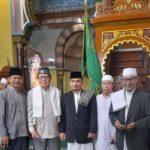 Kadisdik Langkat Dr.H.Saiful Abdi.SH. SE.MPd yang juga Sekretaris Majelis Ulama Indonesia (MUI) Kabupaten Langkat, Menjadi Imam